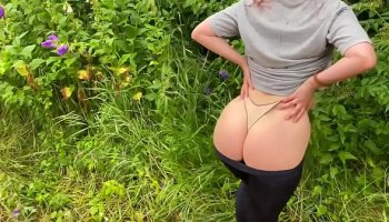 horny brunette russian oxuanna envy rubs her pussy
