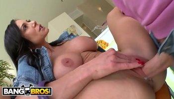 Sex teacher kendra lust and uitni vestgeyt shar